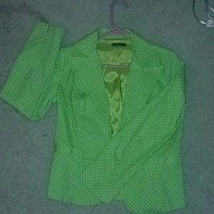 Green & white polka dot jacket